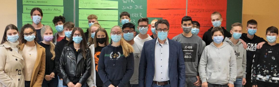 Rouenhoff spricht mit Schülern über Corona-Herausforderungen